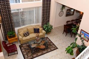 3ea7c-115212bcadela2bdr-rancho-cucamonga-ca-91701-celina-vazquez-realtor-909-697-0823-living-room-view